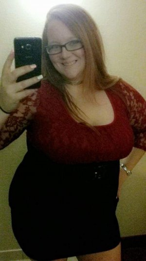 Aleesha outcall escorts in Crestwood MO