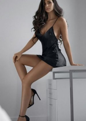 Mimosette independent escort