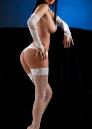 Nelsa free sex in Seymour & live escorts