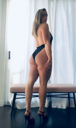 Isobel independent escorts