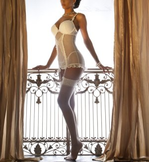Salsabile sex club & incall escort